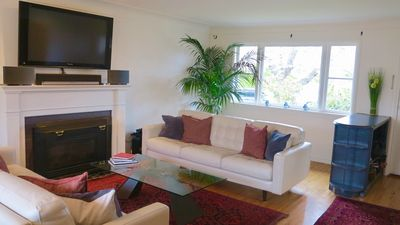 Photo for Downtown Victoria and Gonzales beach on your doorstep, spacious 3br