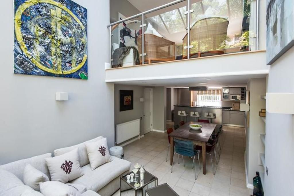 London Home 599, Imagine Your Family Renting a Luxury Holiday Home Close to London's Main Attractions - Studio Villa, Sleeps 6