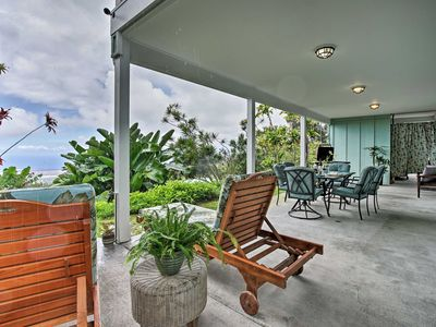Photo for Kalaoa HideAway w/Ocean Views - 10 Mins to Kailua