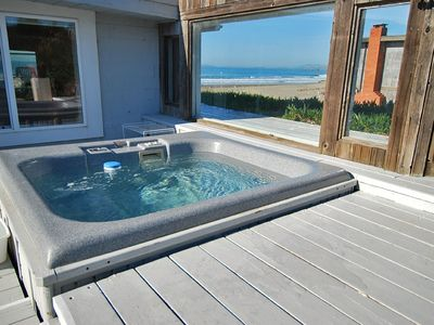 Ocean Front /Hot Tub/Hot Rock Sauna/Pets/2 ngt min/Wheelchair Access.