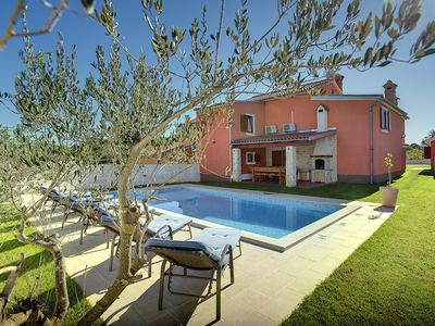 Photo for Holiday house Rakalj for 8 persons with 4 bedrooms - Holiday house