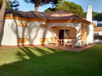 Photo for Family Friendly House with Lawn, Terrace, Air Conditioning and Wi-Fi
