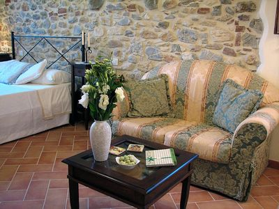Photo for Cosy Stone House In Medieval Hilltop Village Between Siena And The Maremma