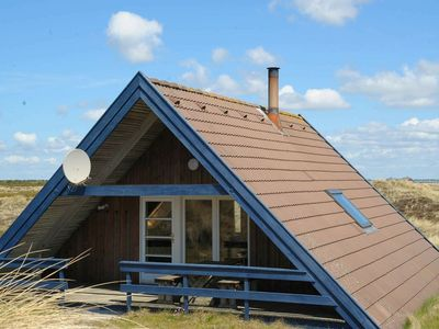 Photo for Cozy Holiday Home in Ringkøbing Near Sea Beach