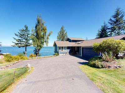 Photo for Impeccable views of the Sound complete with hot tub & pool table