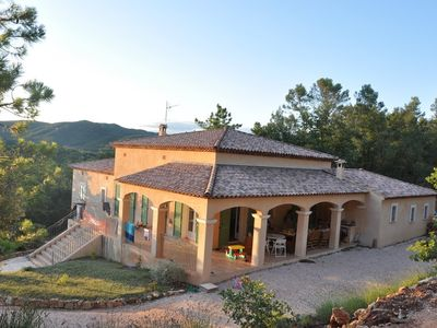 Photo for Large Provencal farmhouse of 250 m2 with swimming pool and garden