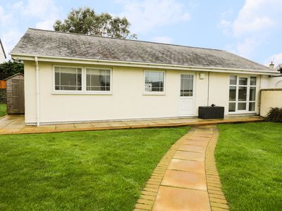Photo for THE BUNGALOW, with a garden in Morfa Nefyn, Ref 968709