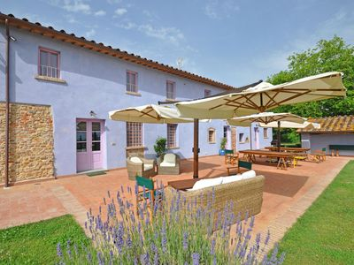 Photo for Villa in Altopascio with 7 bedrooms sleeps 17