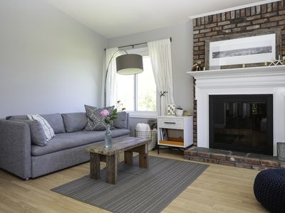 Photo for Family Friendly, Designer 3Bd Centrally Located Home with OS Shower & Large Yard