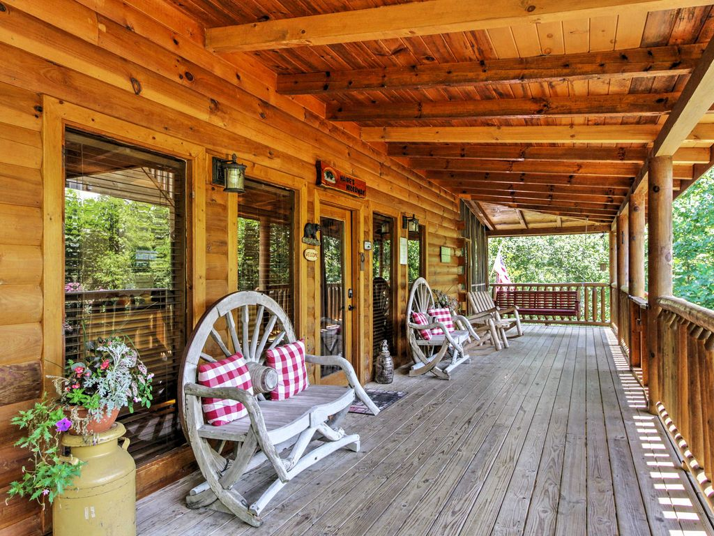 Tranquility Awaits You At This Secluded 4 Bedroom Vacation Rental Cabin In  Sevierville, Tennessee