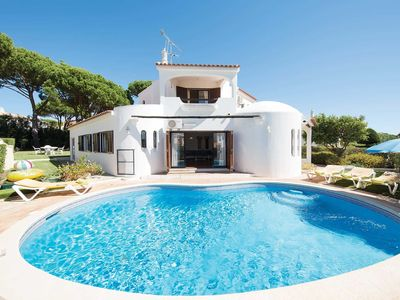 Photo for Villa Petula - 3 Bedroom Villa with pool  A/C and WiFi in Vilamoura near Old Village and marina