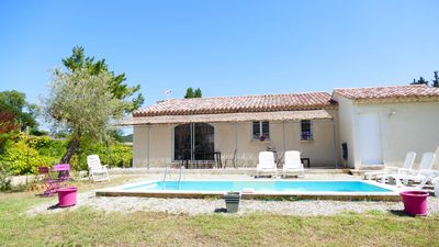 Photo for Beautiful Provencal house amidst vineyards and waterfalls near Uzes
