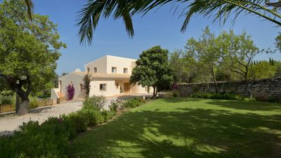 Photo for Luxurious Secluded Villa With Heated Pool And Gardens 12 min drive to beach