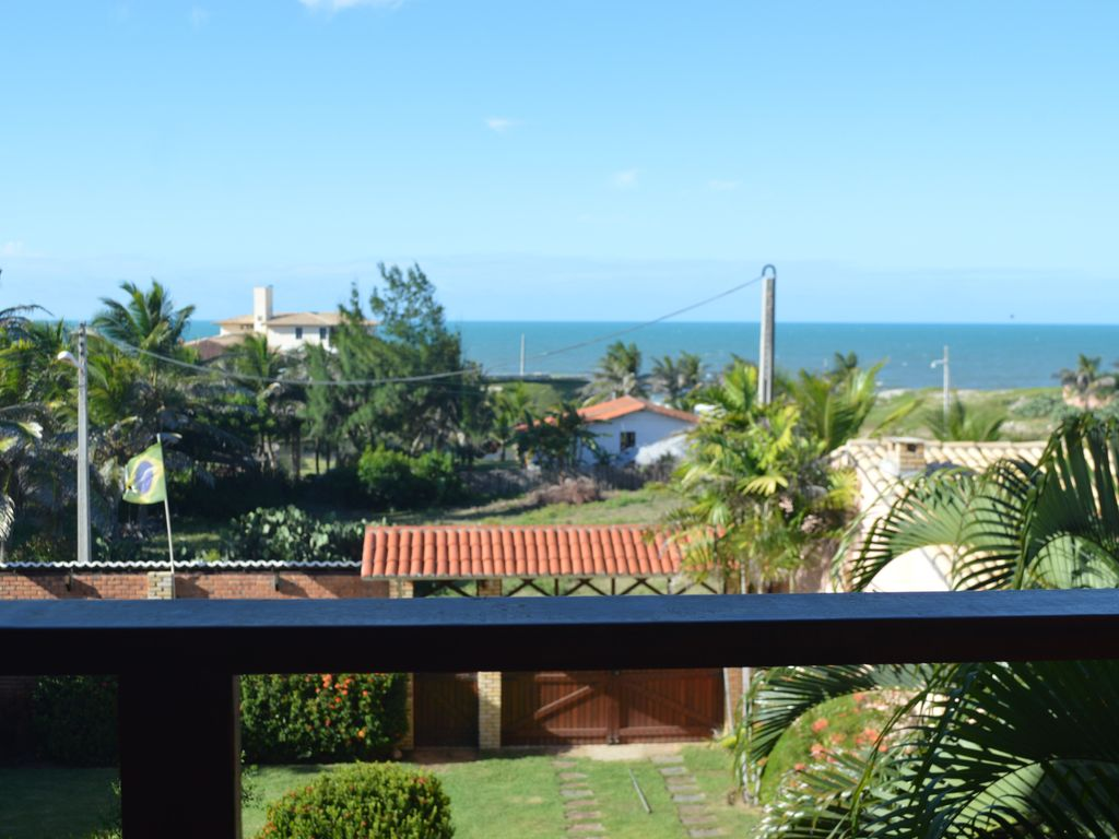 Beautiful house 100m in front of the beach. Luga quiet with beautiful views.