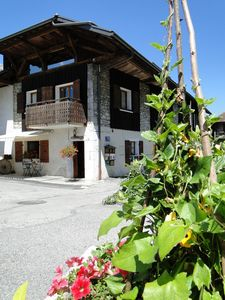 Photo for Typical Savoyard house with chalet and spa for 4/5 people