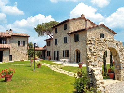 Photo for Apt in old farmhouse  with pool and garden to eat outside, Cortona (Arezzo)
