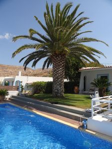 Photo for Luxurious Pool Villa near Sounio