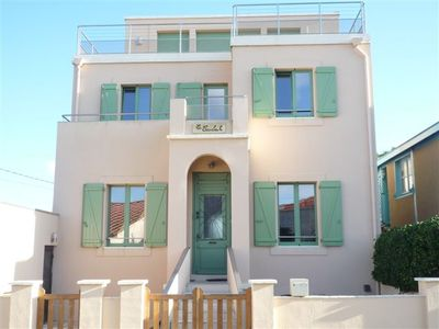 Photo for Large villa with three apartments for rent together, near the beach