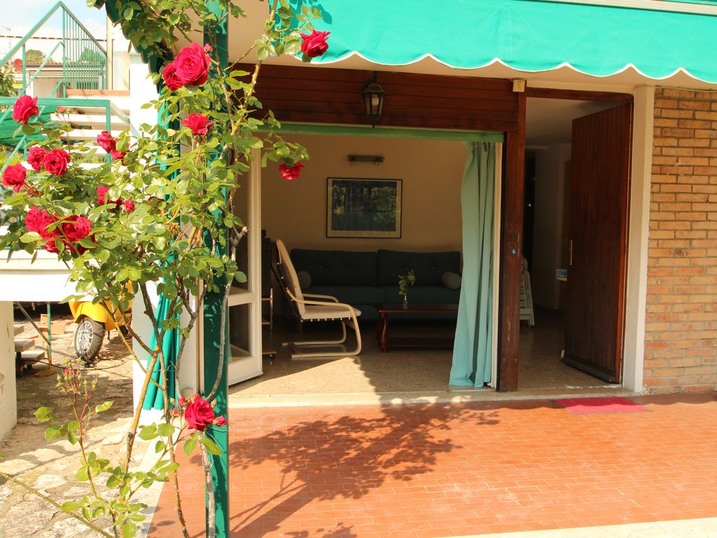 Apartment with a nice terrace and an idyllic garden ... - 2647252