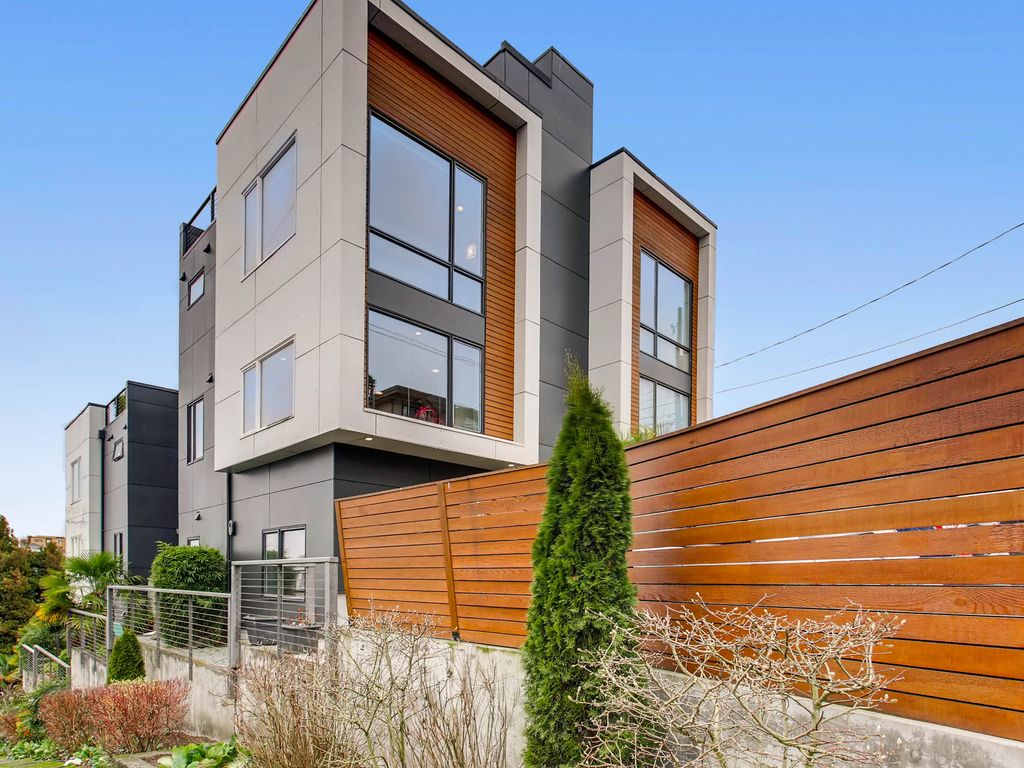 sale 3 bed 2 5 bath chic west seattle oasis killer rooftop view