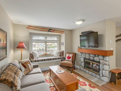 Photo for Come enjoy our beautiful Creekside Coach House