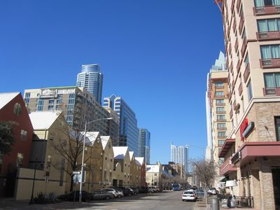 Photo for Licensed Downtown 3bd/2bth, Convention Cntr Nextdoor, WalkScore99+Parking Incl!