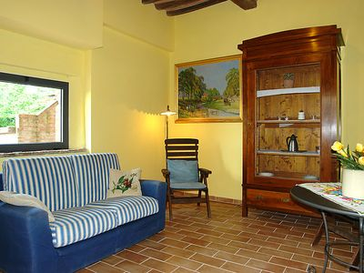 Photo for Apartment Melograni in Castelfiorentino - 4 persons, 1 bedrooms