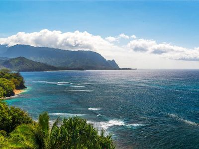 Photo for Spectacular oceanfront and Bali Hai views from the bluffs above Hideaways Beach