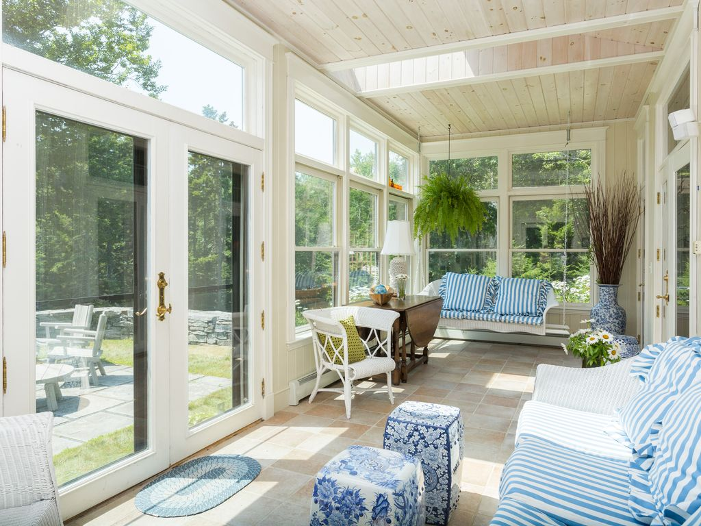 Privacy Views And Casual Elegance_ Family Estate