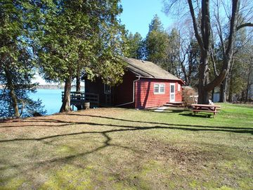 acres cottagesincanada kingston of cottages privacy rental di cranberrylake rentals near cottage on cranberry