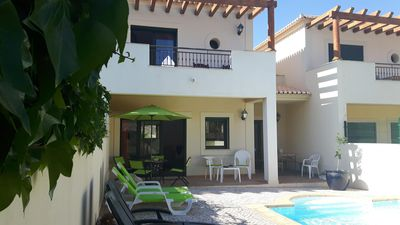 'Southside' is a 2 Bedroom, 3 bathroom house with pool in the village of Burgau