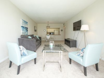 Photo for PROMO RATE! 1BR apt. w/ poolview sleeps5