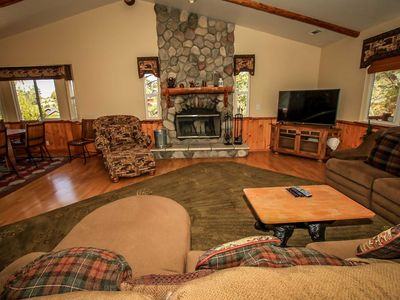 Photo for House in Big Bear Lake with Parking, Internet, Washing machine, Balcony (983645)