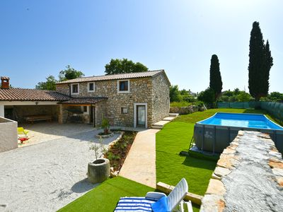 Photo for Stone cottage, quiet location, barbecue and garden