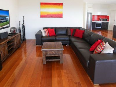 Main living area - Amaroo on Coronet Bay
