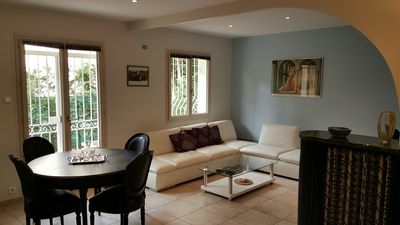 Photo for Charming 3 bedroom flat with terraces - Pointe Croisette
