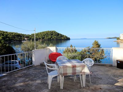 Photo for Two bedroom apartment near beach Brna, Korčula (A-560-a)