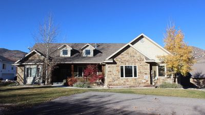 Photo for Midway Retreat Sleeps 16! Spacious! Perfect for large gatherings with children!