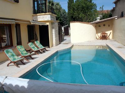 Photo for Beautiful 3 * apartment on the 1st floor of a villa with pool access