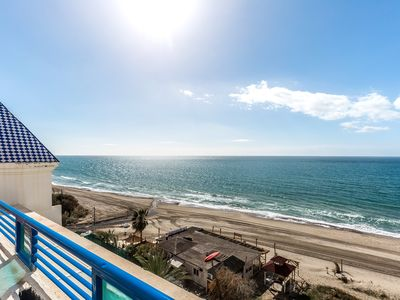Photo for Horizon view, beautiful apt with sea views in edif. Banana Beach / Marbella