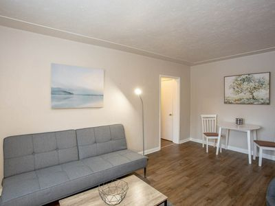 Photo for Comfy 1 Bedroom Apartment- Minutes to Downtown