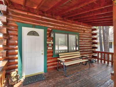 Photo for Newly remodeled cabin with fireplace and close to the lake!