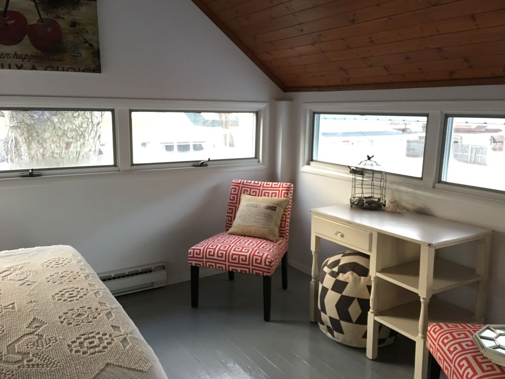 New Rental for 2017! Charming 1880s Cottage, Marblehead ...