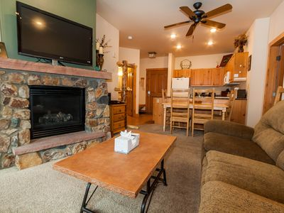 Photo for Balcony Overlooks Pool & Hot Tub, King Bed, Granite Counters, Free WIFI