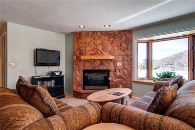 Cozy gas fireplace, large screen TV - Park City Lodging-R Edelweiss
