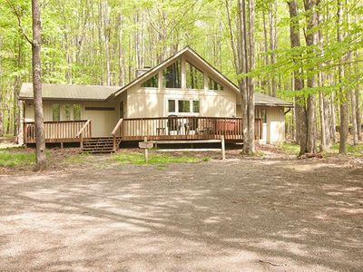 Photo for Timber Haus - Spacious Mountain Home! 2 miles from Timberline Ski Slopes!
