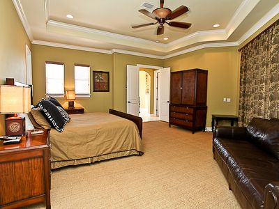 Huge Third Floor King Master Bedroom, Private Bath, Sitting Area, And  Balcony
