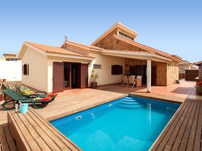 Photo for Lovely Villa in residential area