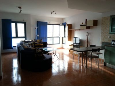 Photo for Cozy 2 room apartment near the seafront in Arinaga