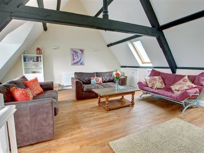 Photo for Cosy apartment for 6 guests with WIFI, TV and parking